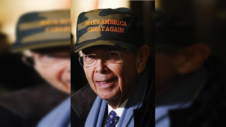 الكرملين: اتهام وزير التجارة الأمريكي بعلاقته بروسيا سخيف