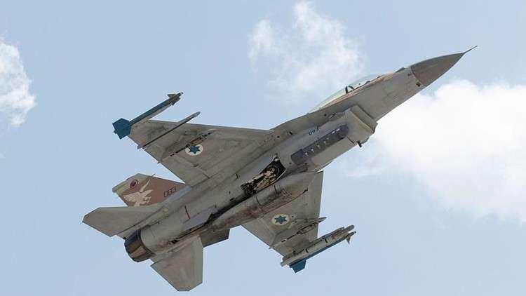 إسرائيل: سنواصل قصف سوريا
