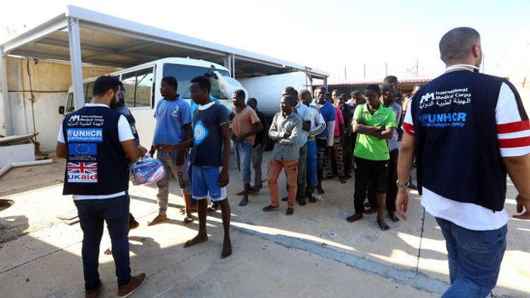 إجلاء أول مجموعة من اللاجئين من ليبيا إلى النيجر