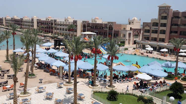 رجل أعمال مصري يكشف عن مصير شراكته مع الوليد بن طلال