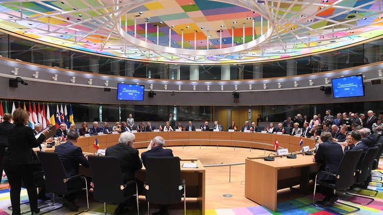 رويترز: الاتحاد الأوروبي يحذر من التدخل السعودي في لبنان