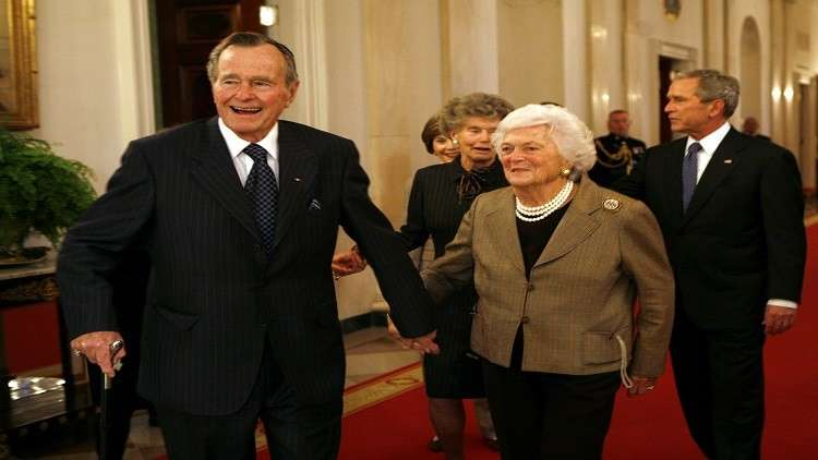سيدة أخرى تتدعي تحرش بوش الأب بها!