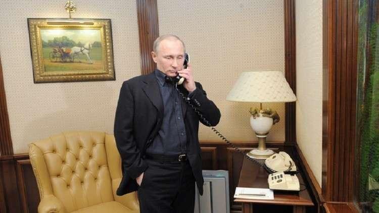 بوتين يناقش مع زعيمي دونيتسك ولوغانسك فكرة تبادل الأسرى مع كييف