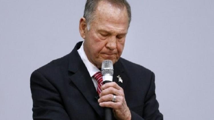 شبح التحرش يلاحق مرشحا إلى مجلس الشيوخ الأمريكي