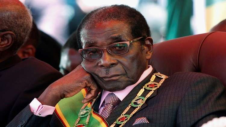 زيمبابوي: غموض في الانقلاب.. ومعارضون يعودون من المنافي