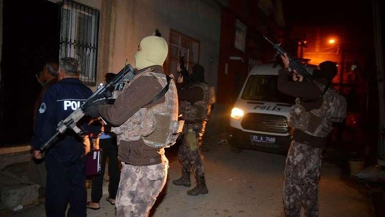 القوات التركية تعتقل 60 مسؤولا أمنيا للاشتباه في صلتهم بالانقلاب