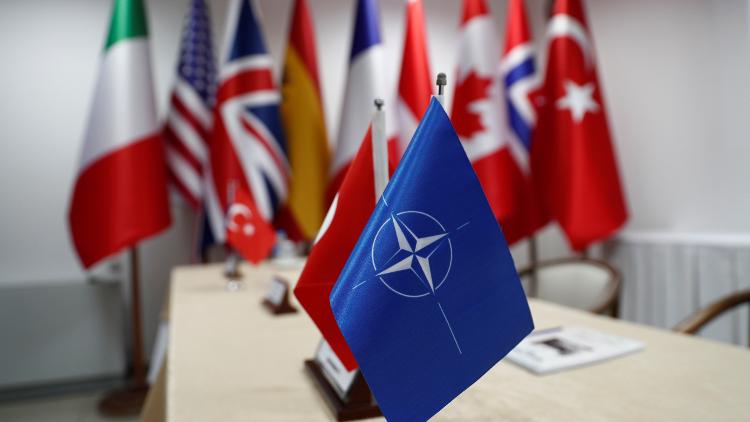 تركيا تسحب قواتها من مناورات الناتو بعد الإساءة إلى أردوغان وأتاتورك