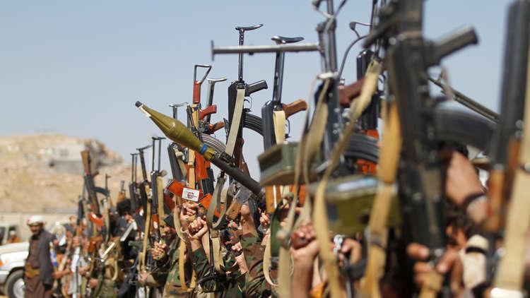 اليمن.. قتلى وجرحى بمعارك بين الجيش والحوثيين في مأرب والجوف