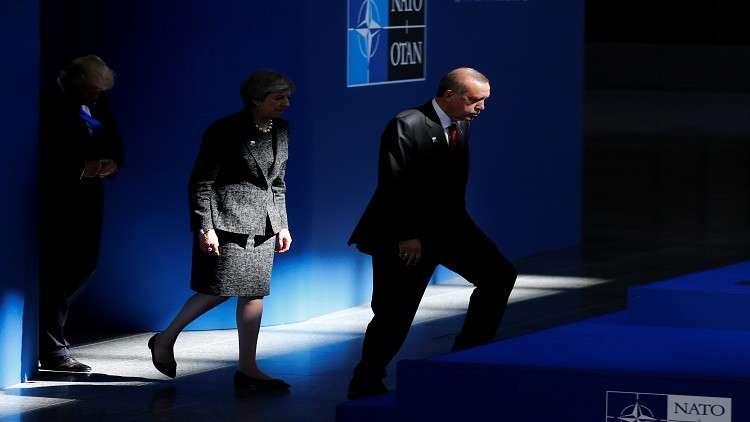 إهانات الناتو تغضب الأتراك ضد الحلف.. وأنقرة لن تقطع علاقتها به