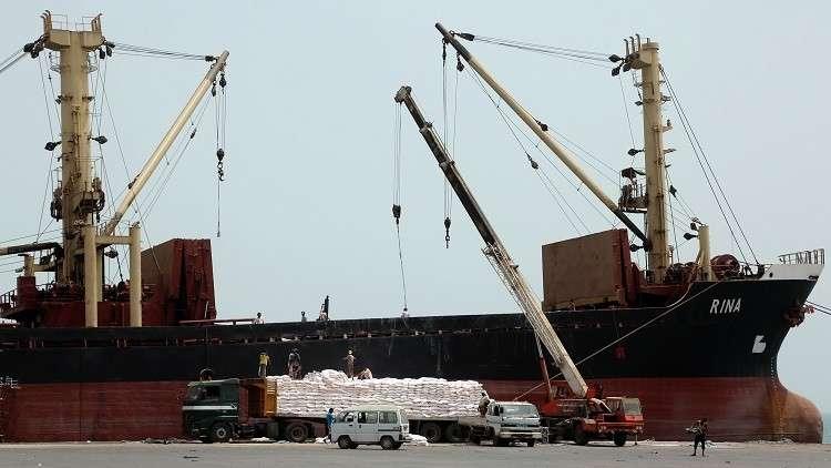 التحالف العربي يعلن فتح ميناء الحديدة ومطار صنعاء في اليمن لاستقبال المساعدات