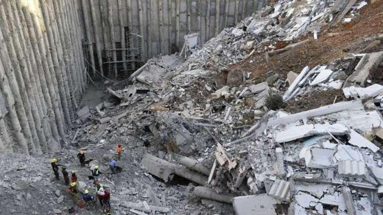 الأرض تبتلع 4 مبان سكنية في المكسيك