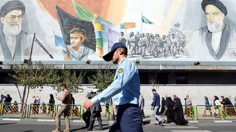 صحيفة كويتية تدحض النفي الإيراني بشأن الوساطة مع الرياض!
