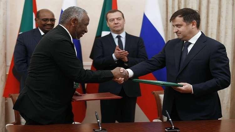 روسيا توقع مع السودان حزمة من الاتفاقات المهمة