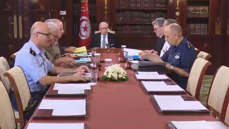 تمديد حالة الطوارئ في تونس لـ 3 أشهر