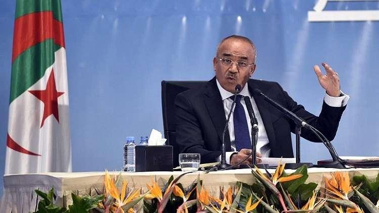 جبهة التحرير تتصدر نتائج الانتخابات المحلية بالجزائر