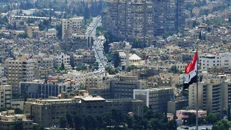 أطفال سوريون ينجون من الموت بعد لعبهم بقنبلة!