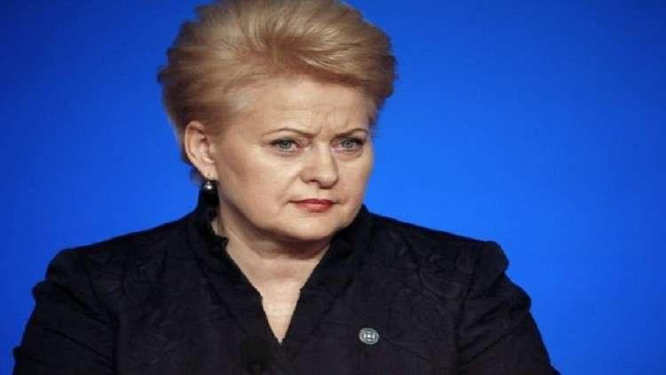 رئيسة ليتوانيا توقع قانون
