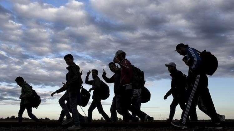 السويد تسمح للمهاجرين القصر بالبقاء