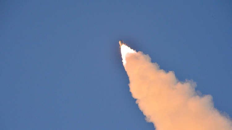 كوريا الشمالية تطلق من جديد صاروخا باليستيا