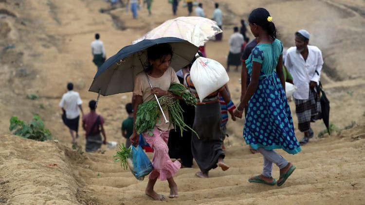 بنغلادش تحول جزيرة معزولة إلى مأوى لآلاف الروهينغا اللاجئين