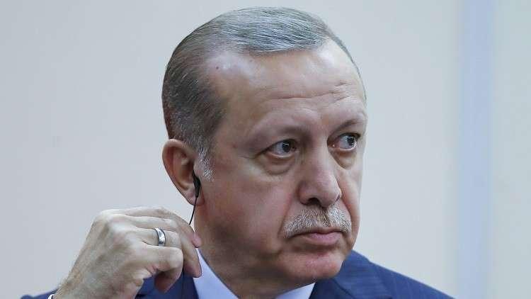المعارضة التركية تتهم أقارب أردوغان بتحويلات