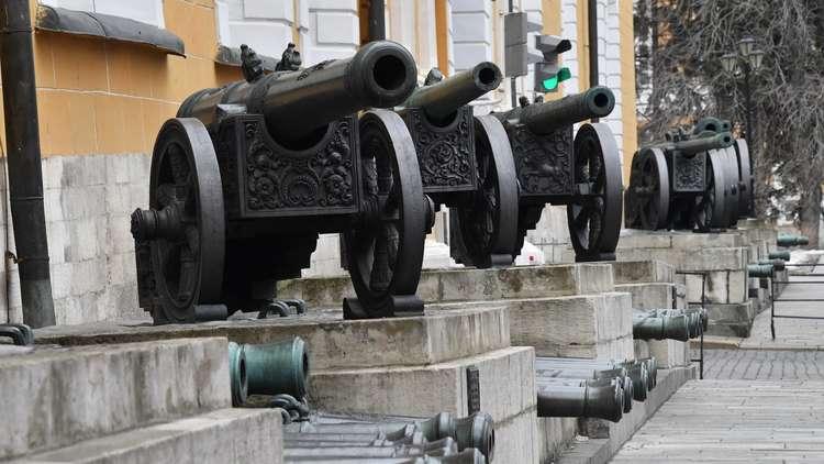 لماذا يتحدثون في الكرملين عن اقتصاد حرب؟