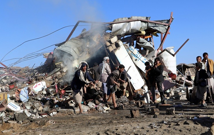 26 قتيلا في غارة على صعدة اليمنية.. وإيران تدين