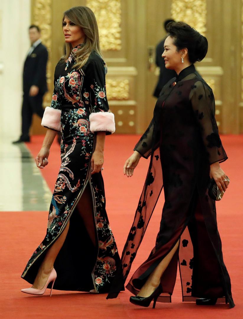 سيدة البيت الأبيض بالزي الصيني .. أناقة أبهرت الحضور