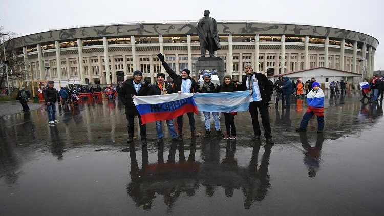 الأرجنتين تتغلب على روسيا استعدادا للمونديال