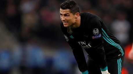 رونالدو بعد الخسارة أمام توتنهام: لن أجدد للريال