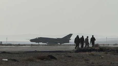 """طائرة سورية من نوع """"سو-22"""".. صورة أرشيفية"""