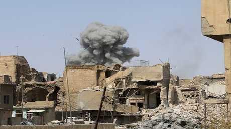 أرشيف - آثار للغارات الجوية على الموصل