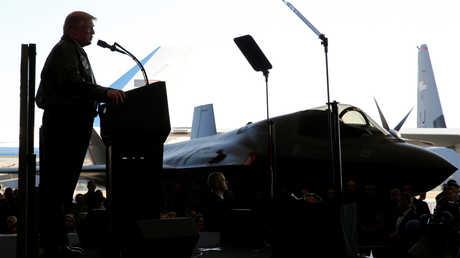"""خطاب ترامب في قاعدة """"يوكوتا"""" الجوية الأمريكية قرب طوكيو"""