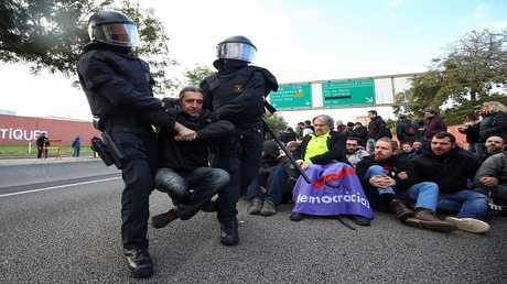 احتجاجات في برشلونة، إسبانيا، 8 نوفمبر 2017