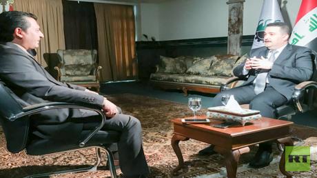 وزير العمل والشؤون الاجتماعية العراقي خلال المقابلة مع RT