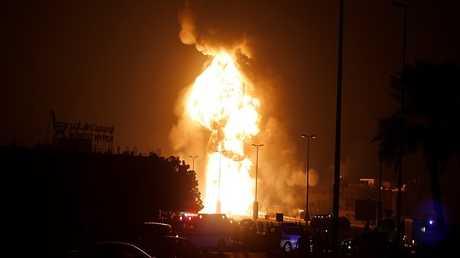 حريق أنبوب النفط بالقرب من قرية بوري بالبحرين