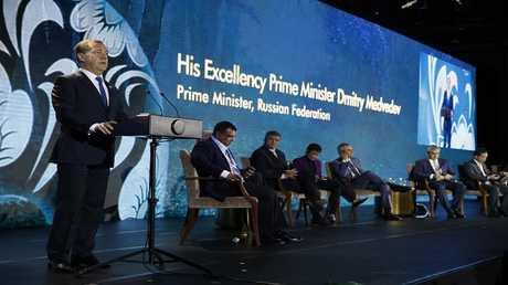 رئيس الوزراء الروسي دميتري ميدفيدف