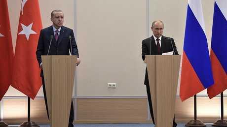 الرئيس الروسي، فلاديمير بوتين ونظيره التركي، رجب طيب أردوغان