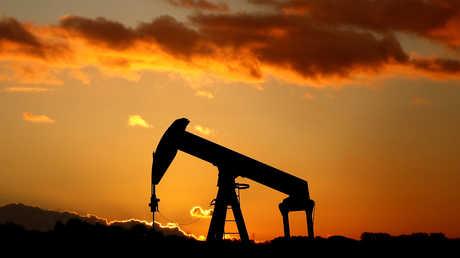 تقرير لوكالة الطاقة الدولية يهوي بأسعار النفط