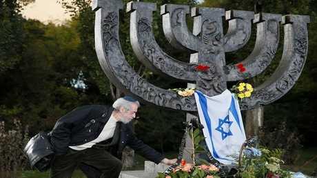 نصب تذكاري لضحايا (بابي يار)، واحدة من أكبر المجازر التي تعرض لها اليهود خلال المحرقة النازية، على مشارف كييف، أوكرانيا، 29 سبتمبر 2016