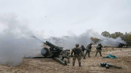 أرشيف  - جنود أوكرانيين
