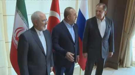 لقاء وزراء خارجية روسيا وإيران وتركيا في أنطاليا