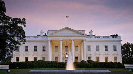 البيت الأبيض مقر الرئاسة الأمريكية بواشنطن