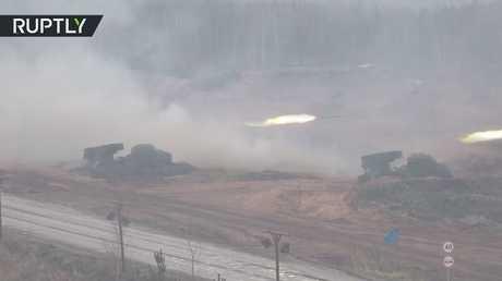 الجيش الروسي يستعرض مدفعياته الحديثة