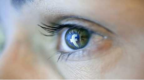 فيسبوك يكشف نوايا الماديين