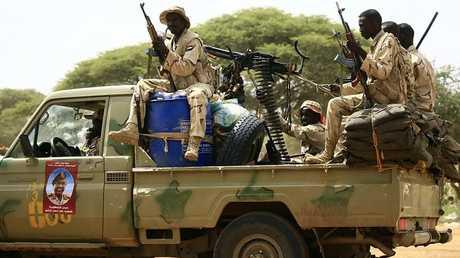 عناصر من قوات التدخل السريع السودانية في دارفور