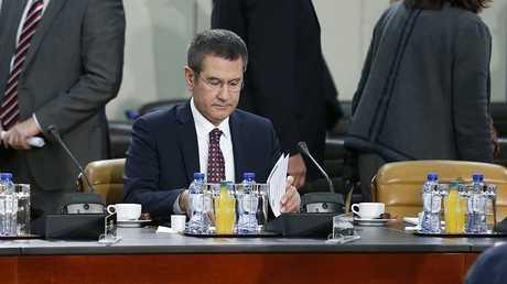 وزير الدفاع التركي نور الدين جانكلي