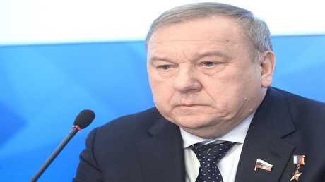 """فلاديمير شامانوف رئيس لجنة """"الدوما"""" للدفاع"""