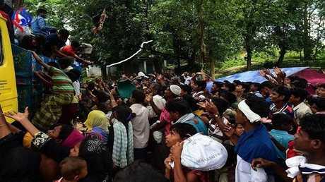 موسم فرار الروهينغا إلى مخيمات البؤس خوفا من الموت في بلادهم