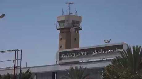 مطار صنعاء بانتظار الرحلات الإغاثية